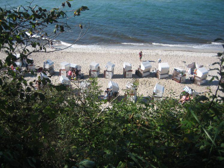 Ferienresidenz_am_Salzhaff_Umgebung_rerik-blengow_ostsee_strandkorb_sand